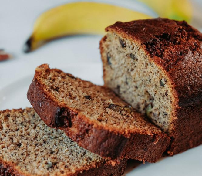 The-Tropical-Banana-Plant-Count-the-Many-Ways-to-Use-It-Banana-Bread
